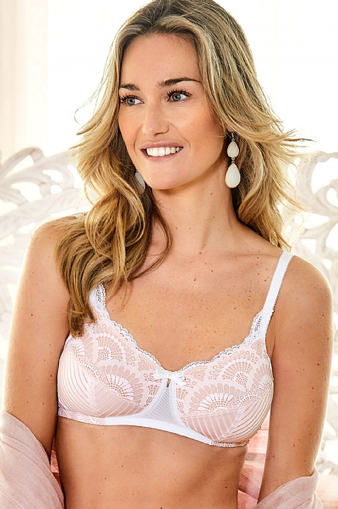 Karolina Lace Soft Bra  by Amoena (44505)